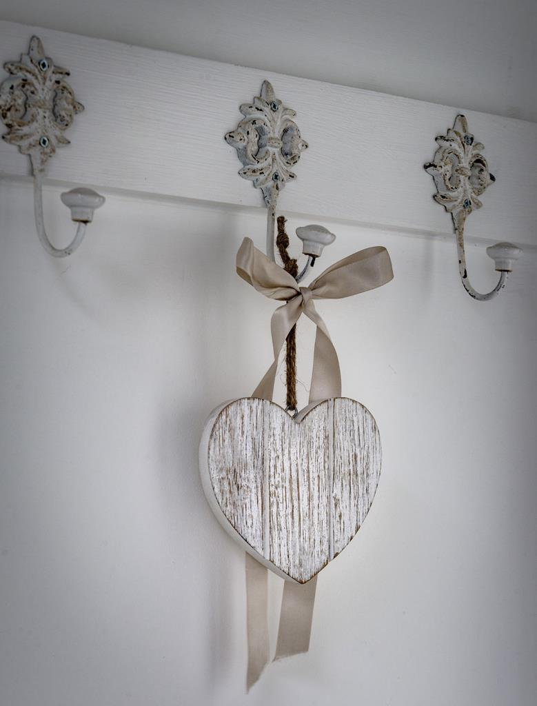 Hanging Wooden T&G Style Heart