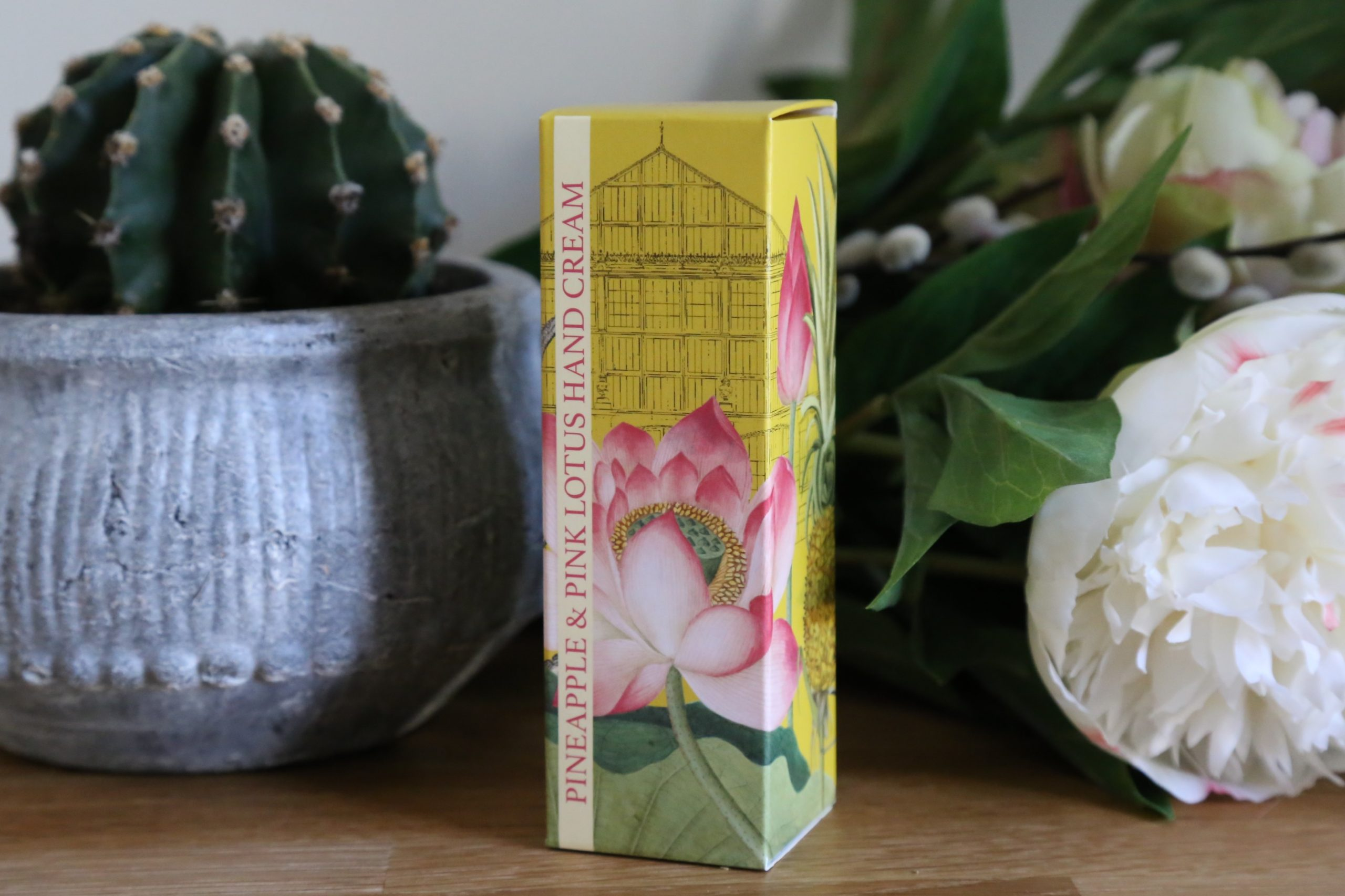 English Soap Company Pineapple and Pink Lotus Kew Gardens Hand Cream